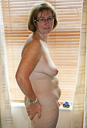 Mature womans naked